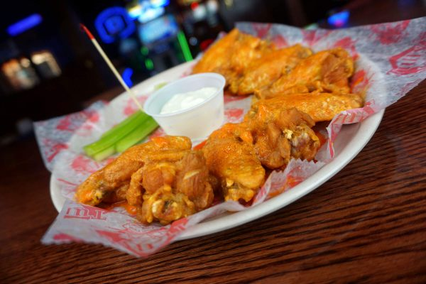 Tully's Buffalo Wings